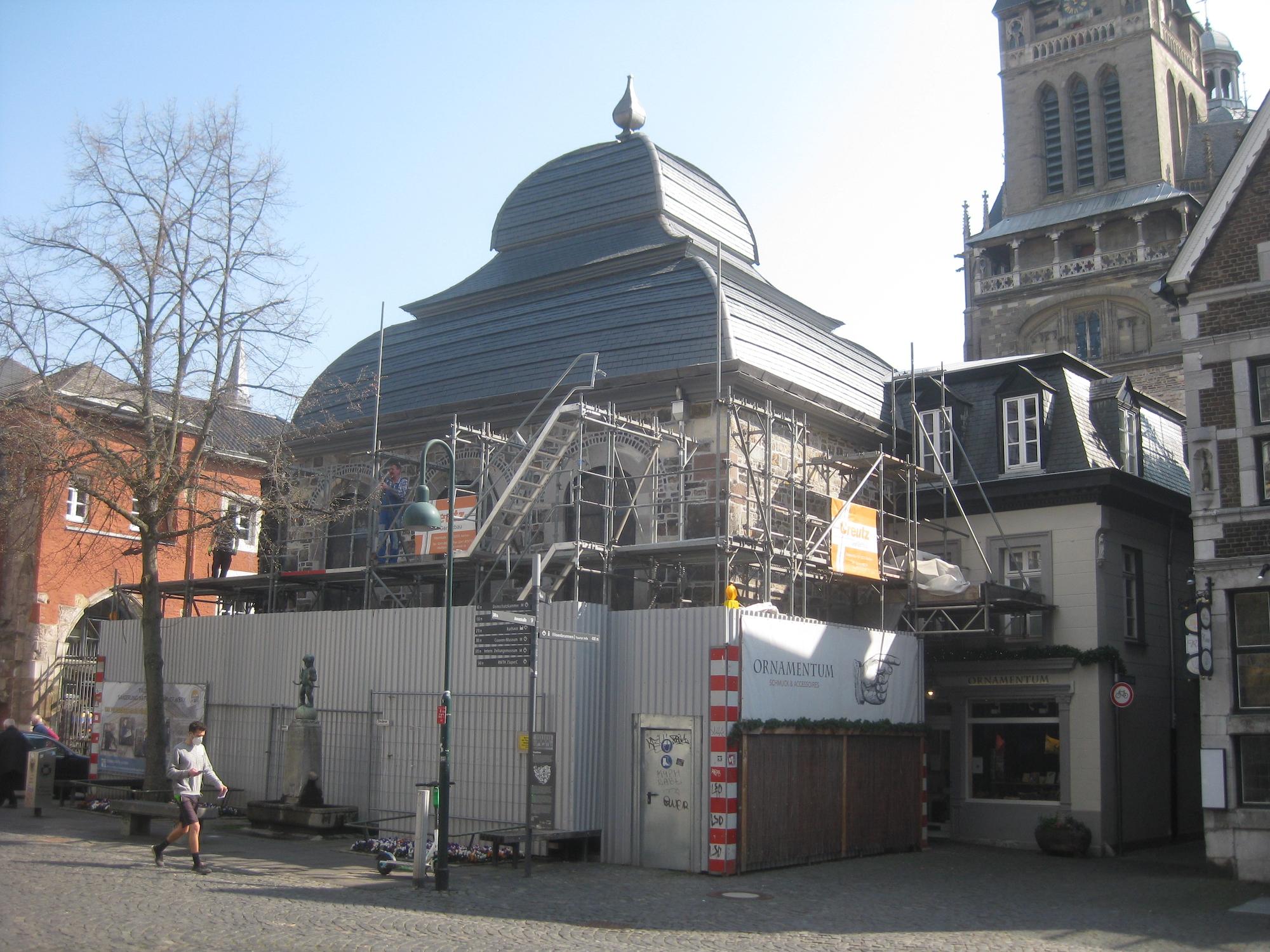 Freier Blick auf die Taufkapelle