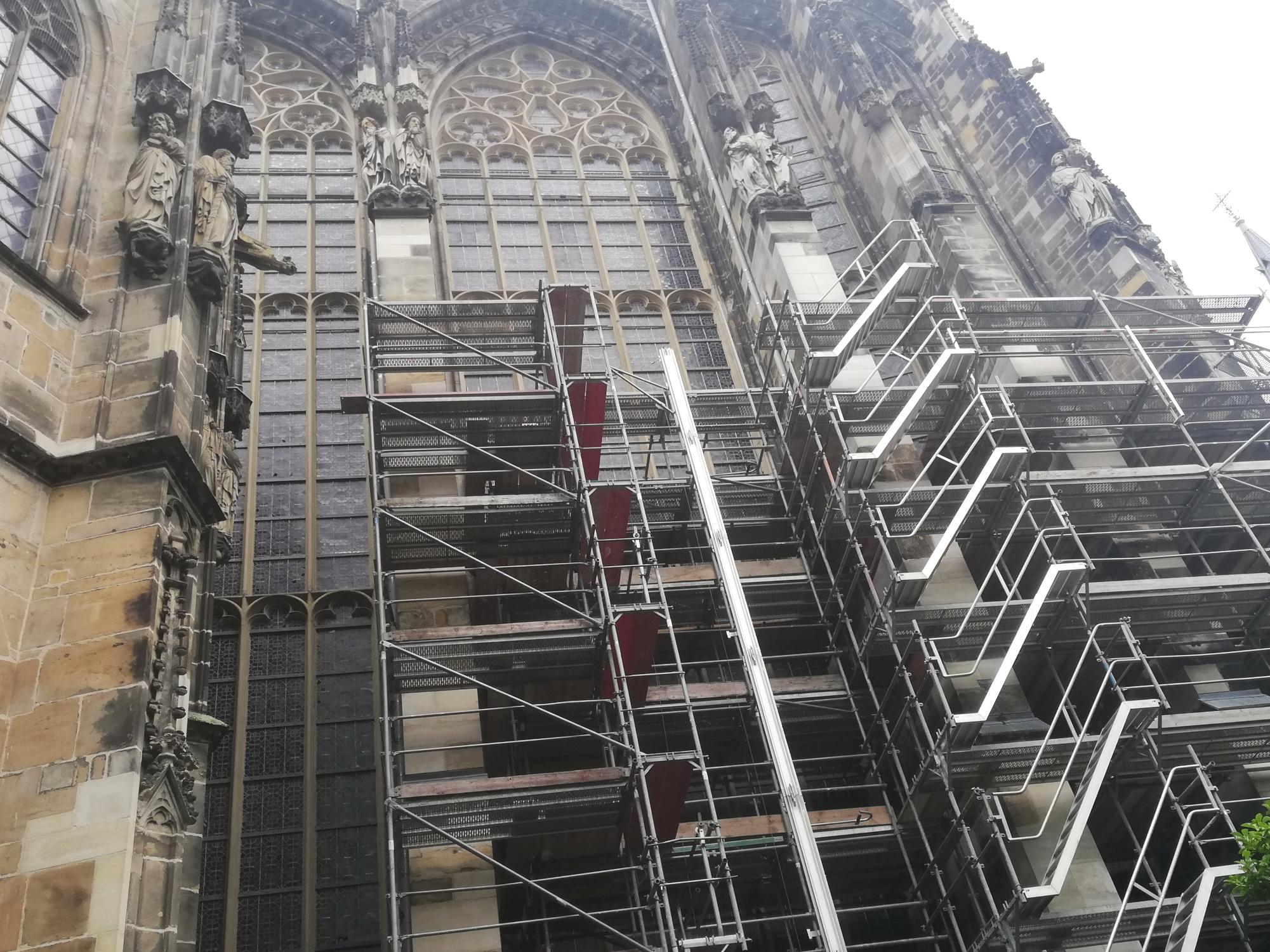 Sanierungsarbeiten an der Chorhalle des Aachener Doms